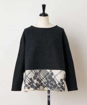 BEARDSLEY(ビアズリー) 裾花刺繍ニット