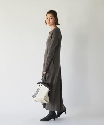 un dix cors(アンディコール) 【主役級アイテム】ワッフルフレアロングワンピース