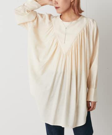 Omekashi(オメカシ) Vギャザーシャツ