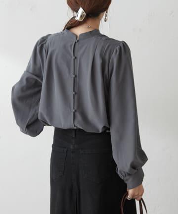 Discoat(ディスコート) 【WEB限定】前後2WAY前釦コンパクトシャツ