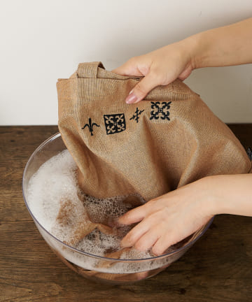 Daily russet(デイリー ラシット) ワンポイント刺繍 トートバッグ