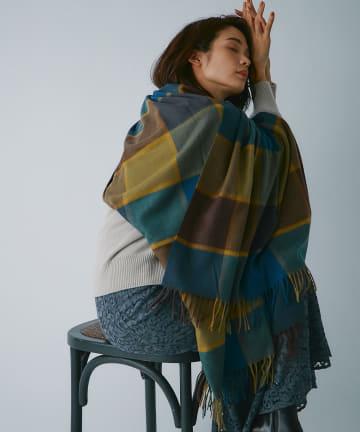 La boutique BonBon(ラブティックボンボン) 《予約》【羽織りも巻いてもオシャレ・チェザーレガッティ】カシミヤチェックストール