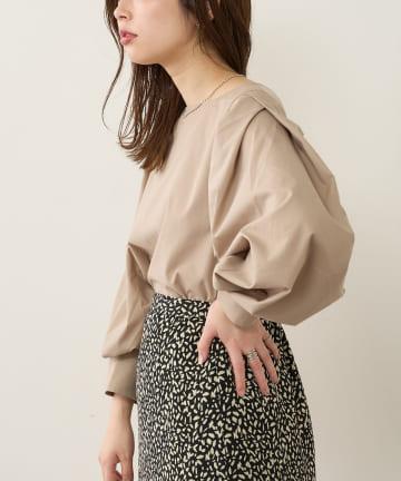 natural couture(ナチュラルクチュール) タックスリーブ2WAYブラウス
