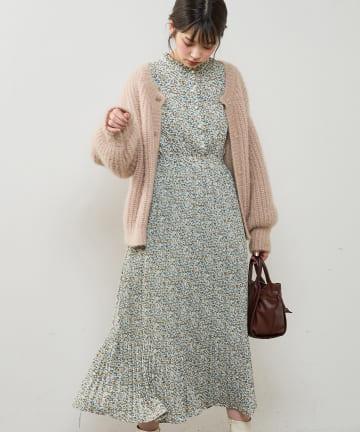 natural couture(ナチュラルクチュール) パール釦消しプリーツワンピース