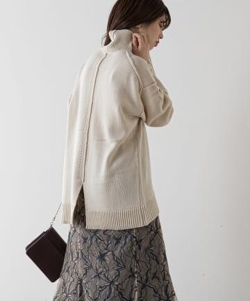 natural couture(ナチュラルクチュール) 【大好評リバイバルアイテム】タートルバックスリットニット
