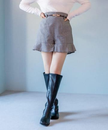 OLIVE des OLIVE(オリーブ デ オリーブ) 裾ラッフルベルト付ショートパンツ