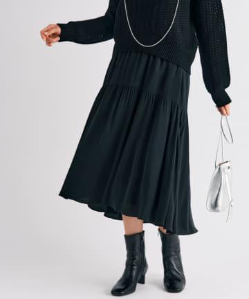 La boutique BonBon(ラブティックボンボン) 【ガーリッシュな雰囲気ながら甘過ぎない・手洗い】バックテールティアードスカート