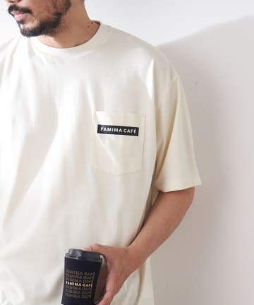 OUTLET(アウトレット) 【FAMIMA CAFE】バックプリントポケットTee