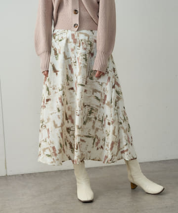 natural couture(ナチュラルクチュール) アート柄スカート