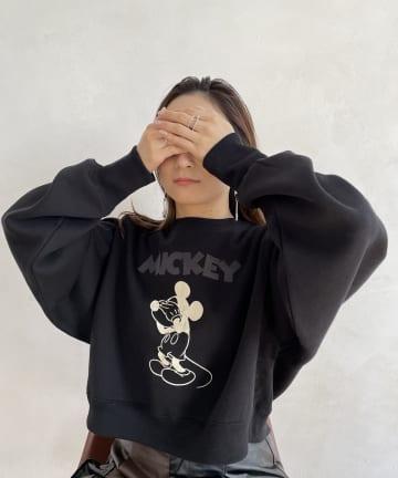 mona Belinda(モナ ベリンダ) Mickeyクロップド丈スエット
