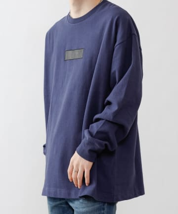 COLONY 2139(コロニー トゥーワンスリーナイン) 合皮ワッペン付き起毛天竺クルーネックロンT