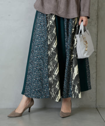 Pal collection(パルコレクション) 《ふわっと上品に》小花柄切替スカート