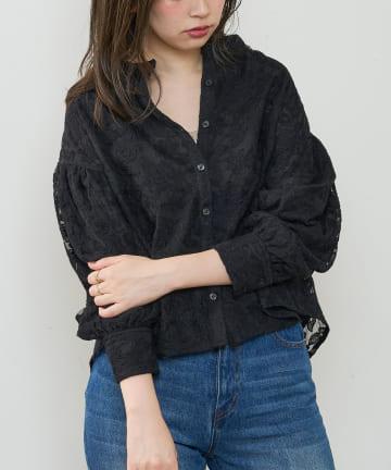 natural couture(ナチュラルクチュール) 刺繍シアーブラウス