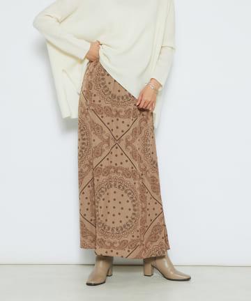 RIVE DROITE(リヴドロワ) 【大人の女性も楽しめる上品な雰囲気】ペーズリー柄スカート