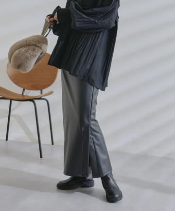 DOUDOU(ドゥドゥ) フェイクレザータイトスカート