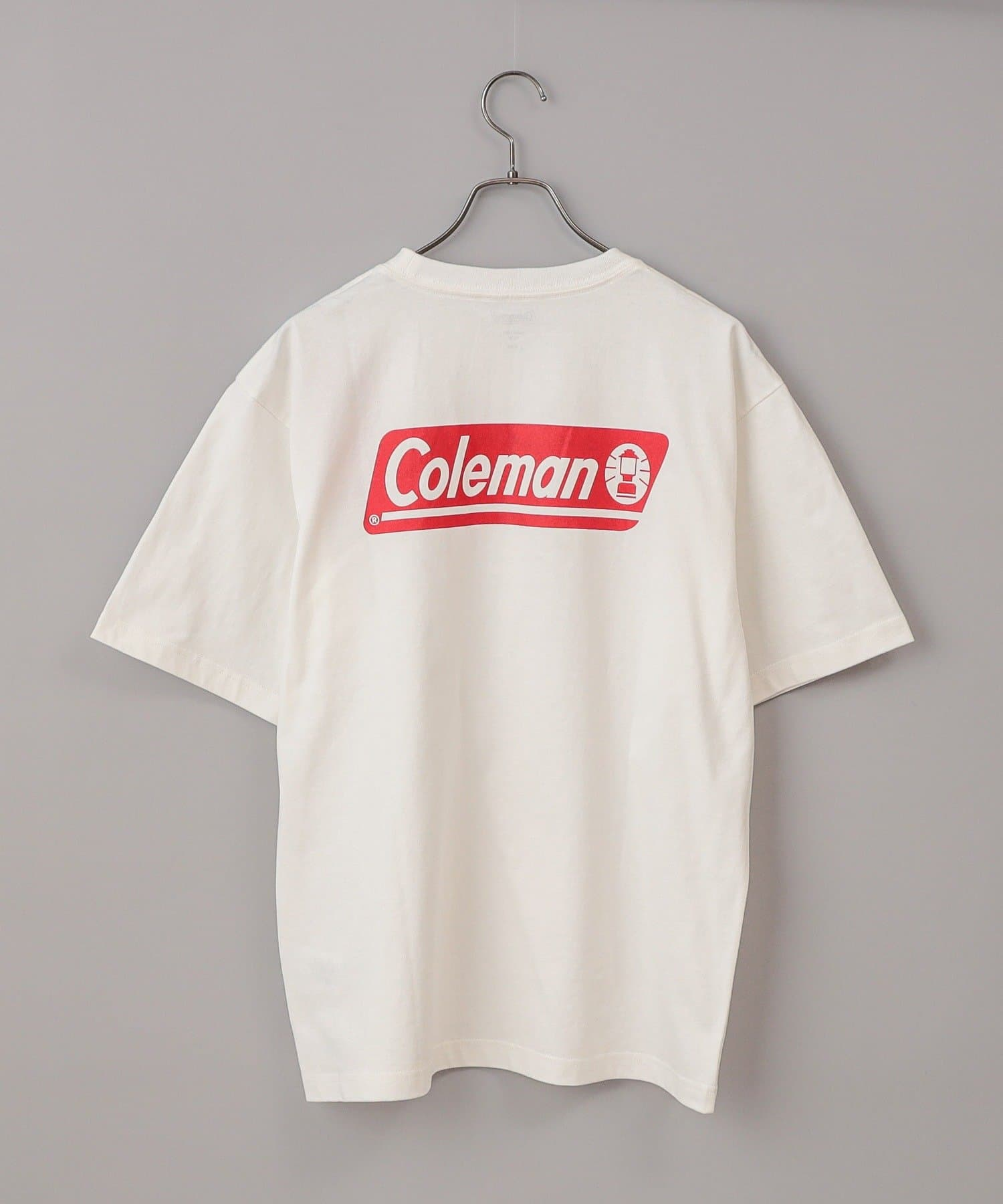 CIAOPANIC(チャオパニック) メンズ 【Coleman/コールマン】ロゴバックプリントクルーネック半袖Tシャツ ホワイト