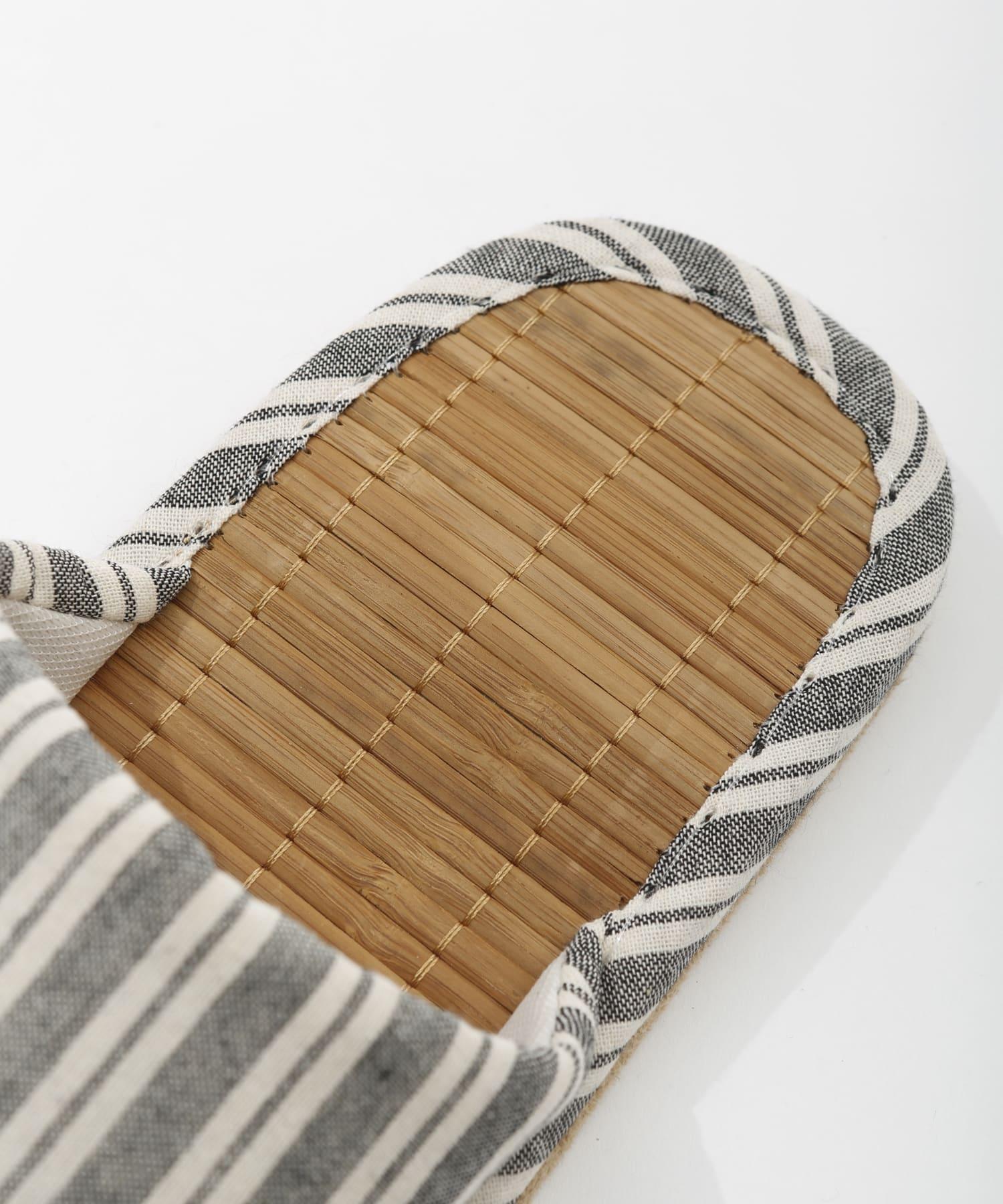 3COINS(スリーコインズ) 【お部屋を涼しく彩る】竹スリッパL