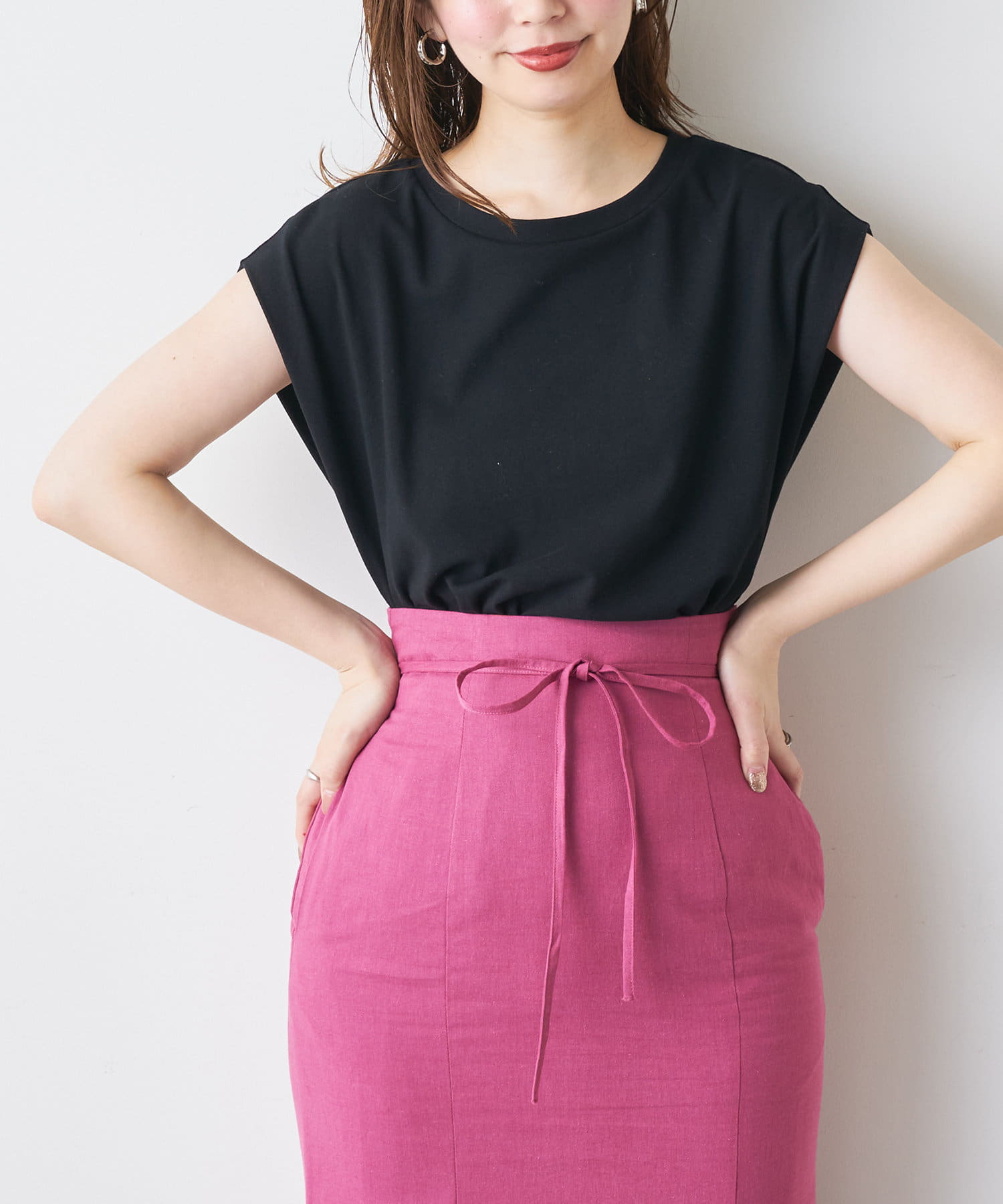 natural couture(ナチュラルクチュール) レディース 袖口タック厚手ノースリT ブラック