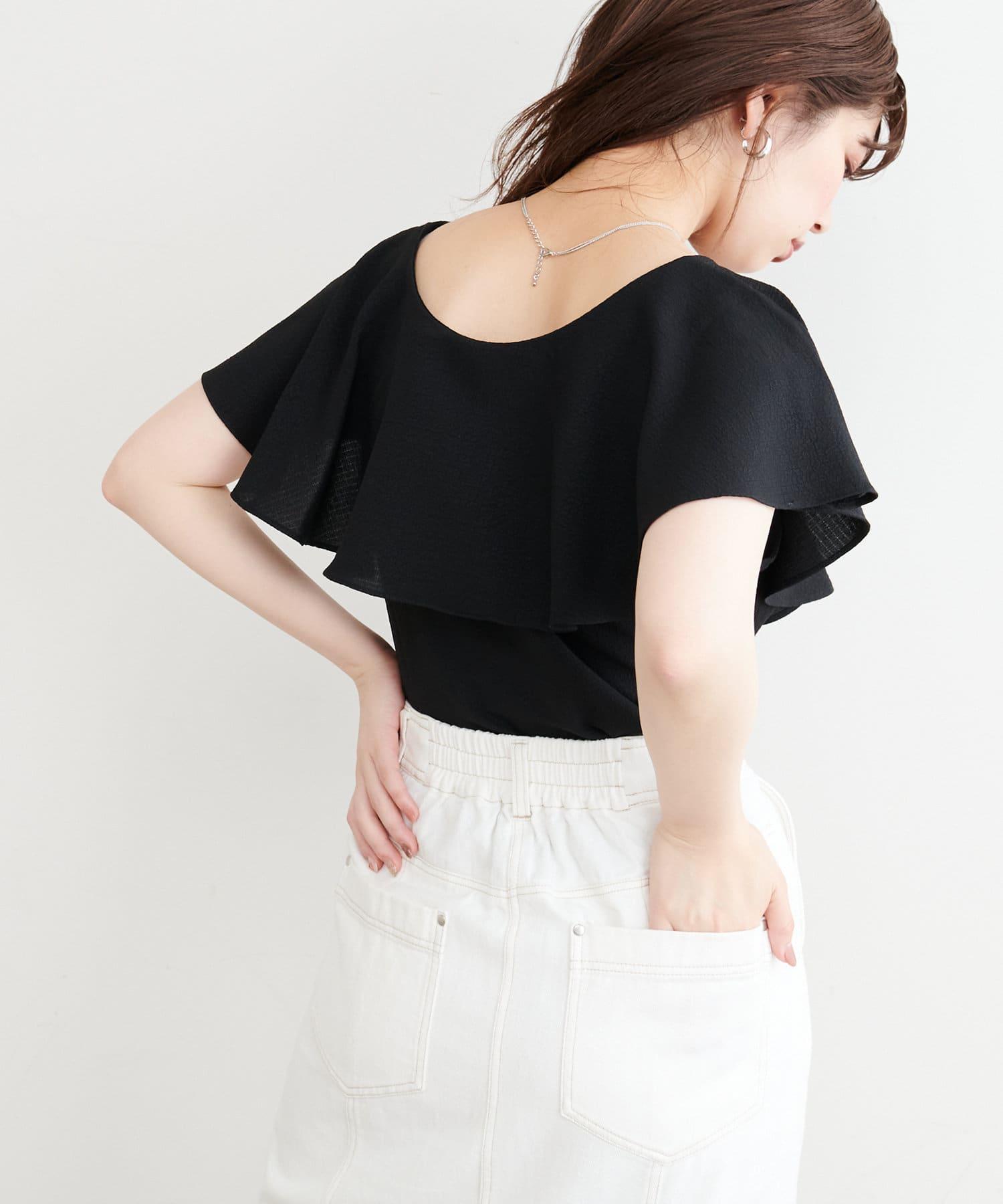 natural couture(ナチュラルクチュール) 【WEB限定カラー有り】前後2WAYフリルネックブラウス