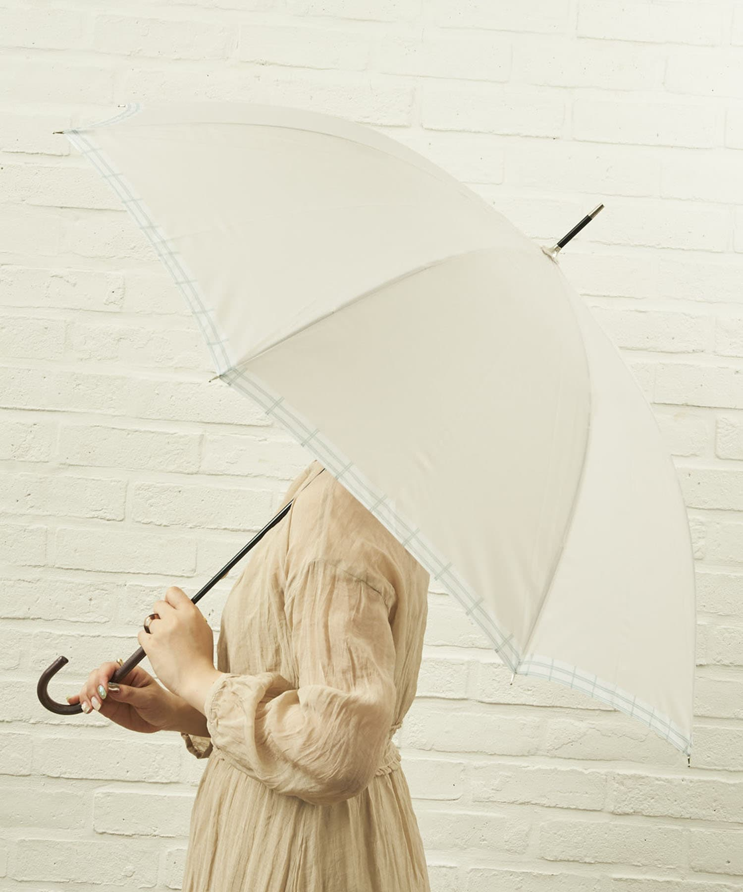 salut!(サリュ) ライフスタイル 雨傘長裾チェック(アイボリー) その他