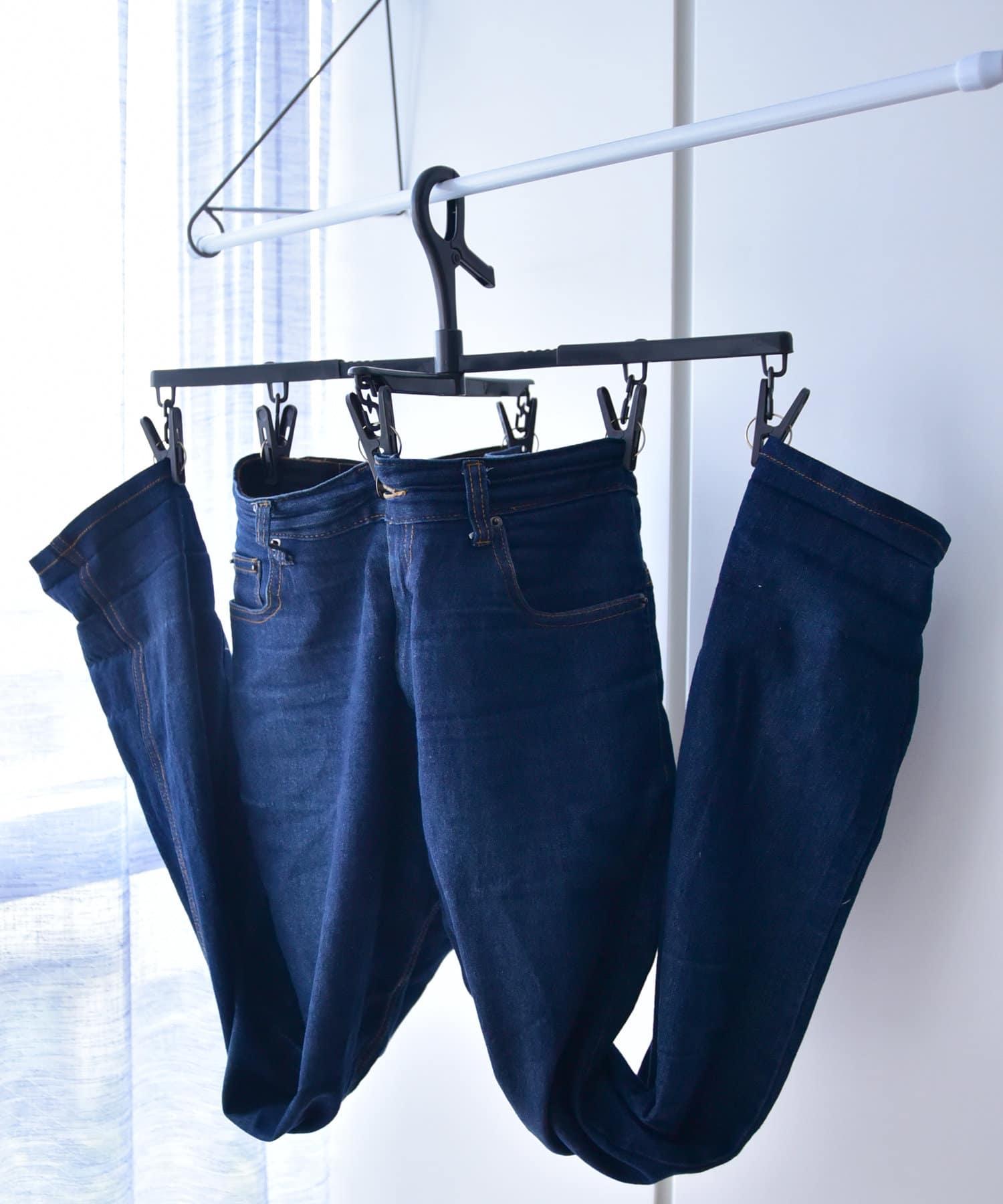 3COINS(スリーコインズ) 【梅雨でも快適】衣類が乾きやすいボトム用伸縮ハンガー