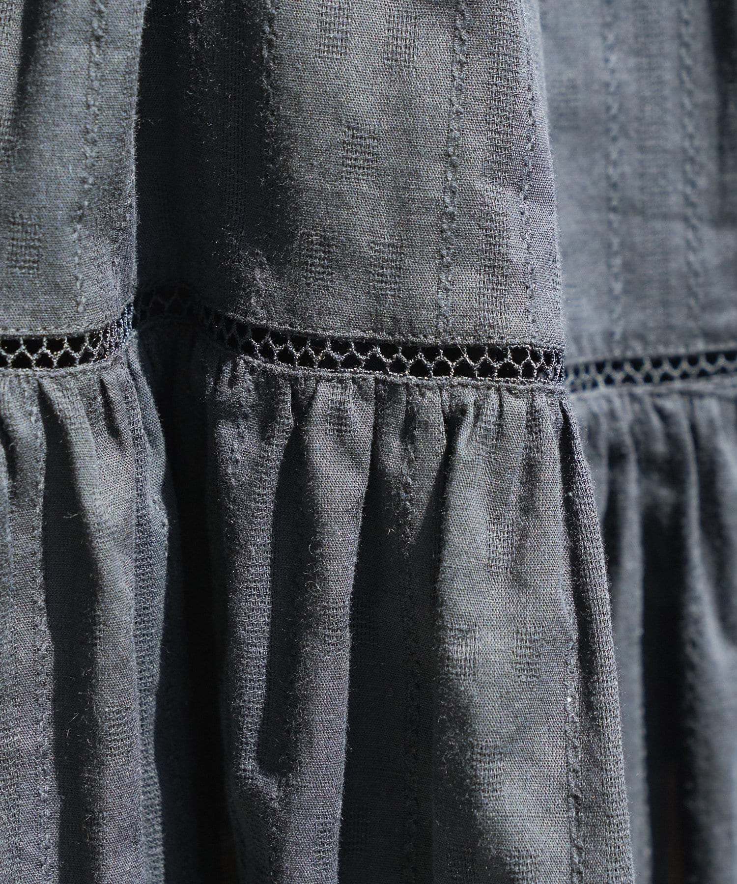 Discoat(ディスコート) コットンボイルハシゴレースティアードスカート