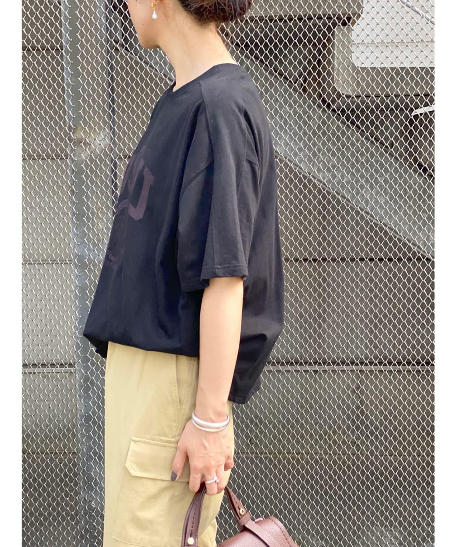 RIVE DROITE(リヴドロワ) 【程良く抜けたムード】2WAYカレッジエンブレムロゴプリントTシャツ