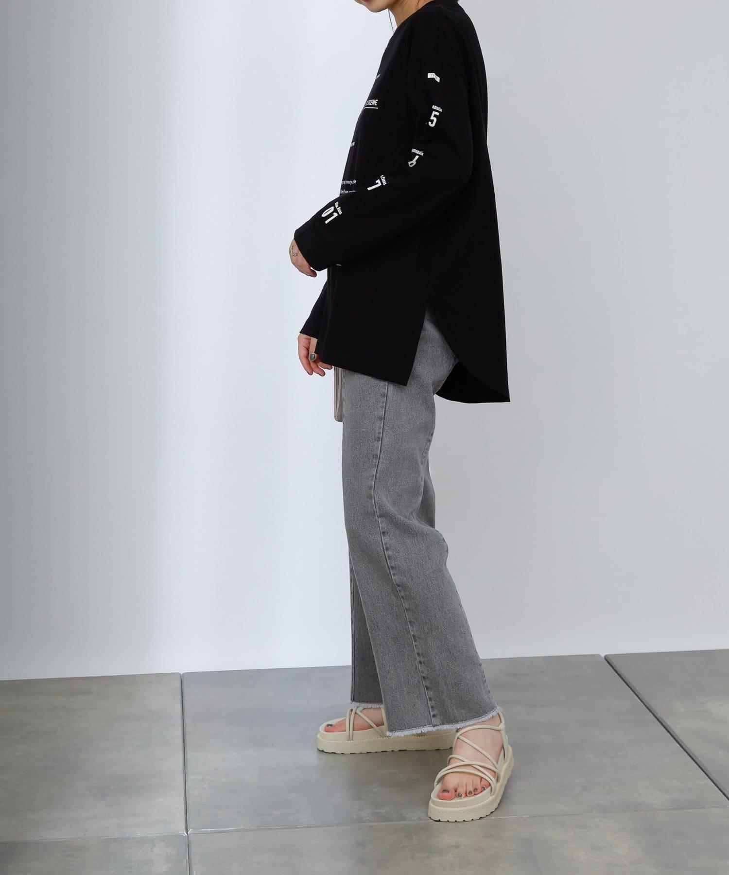 COLONY 2139(コロニー トゥーワンスリーナイン) 裾フリンジセンターシームデニムパンツ