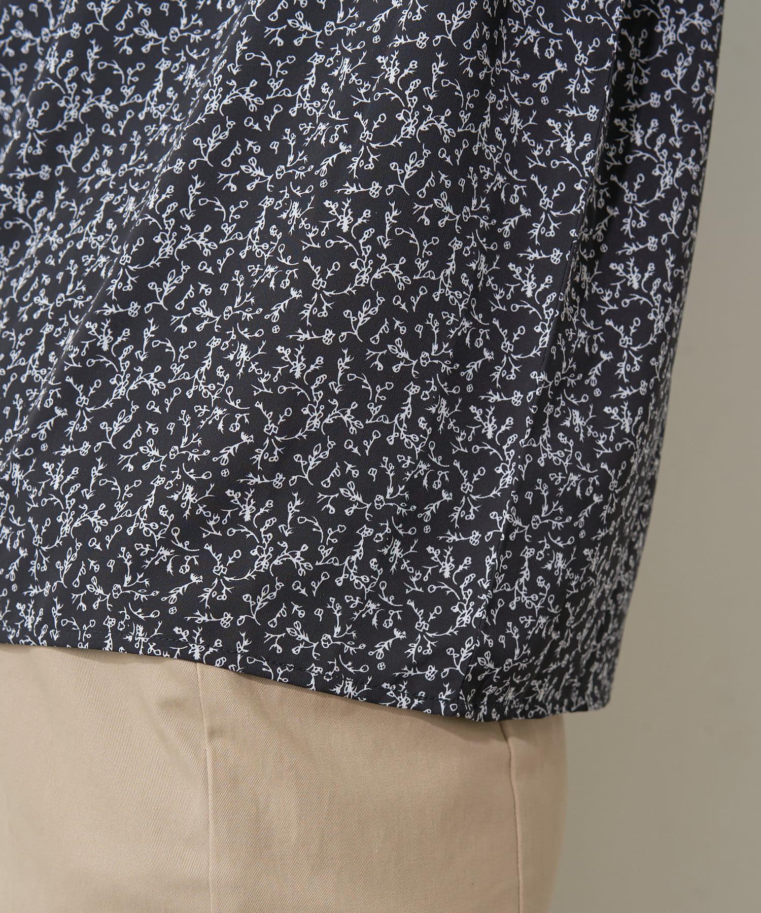 natural couture(ナチュラルクチュール) パイピングデザインアソート柄ブラウス