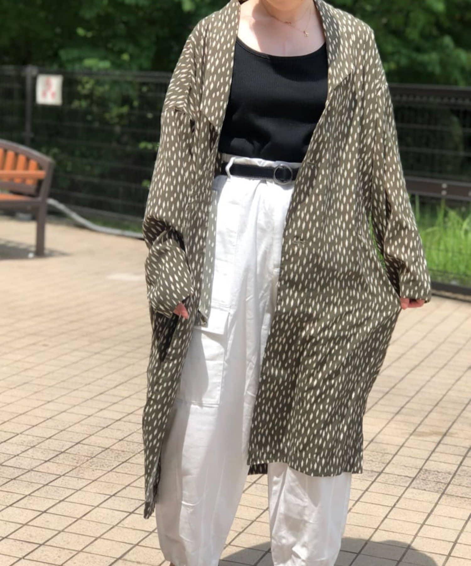 mona Belinda(モナ ベリンダ) 《WEB限定》単色柄プリントロングジャケット
