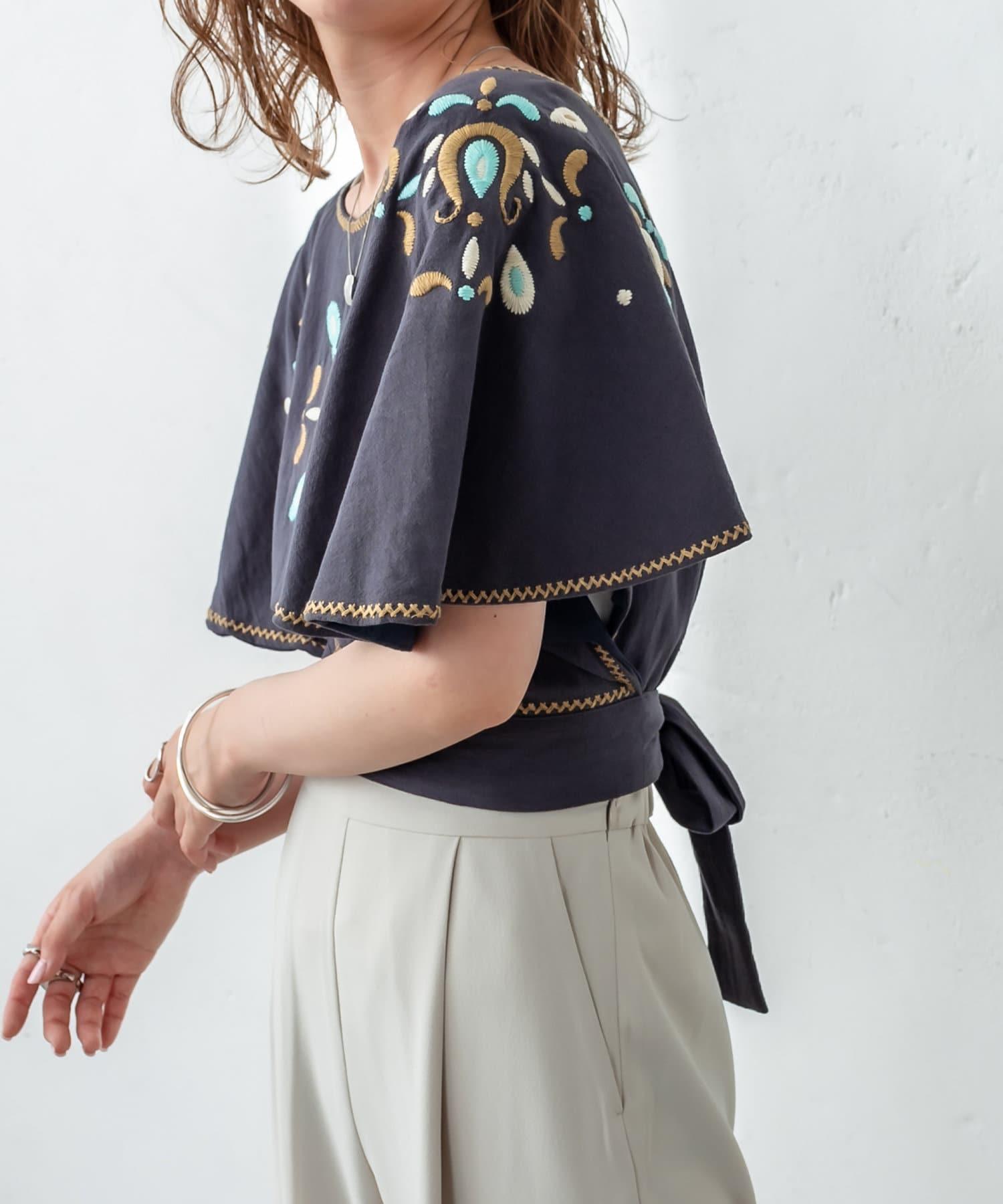 mystic(ミスティック) 刺繍ポンチョトップス