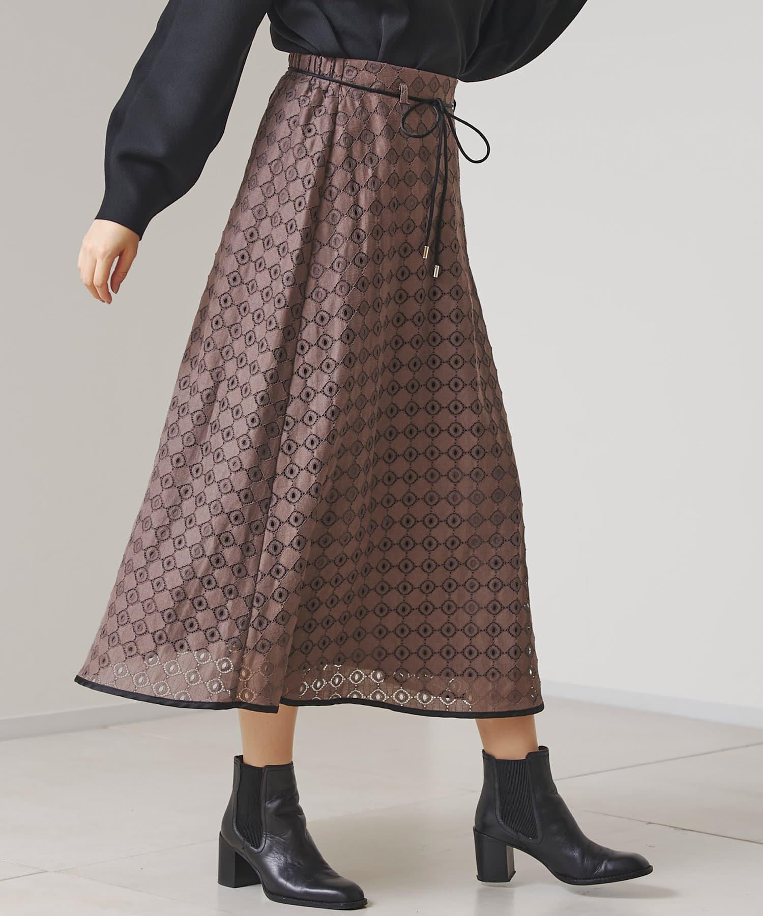 Chez toi(シェトワ) レトロレースパイピングロングスカート