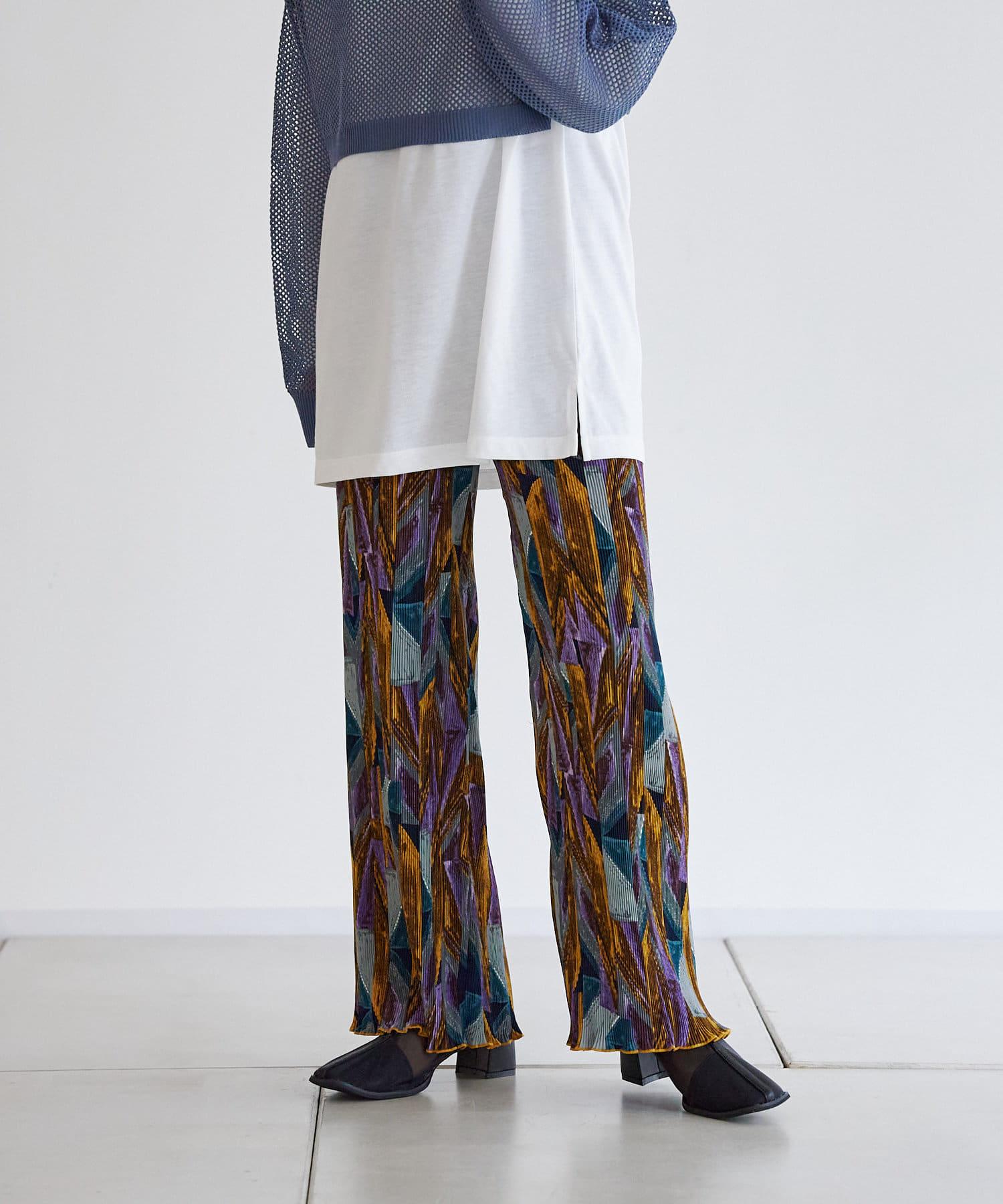 CPCM(シーピーシーエム) 布帛柄プリーツパンツ