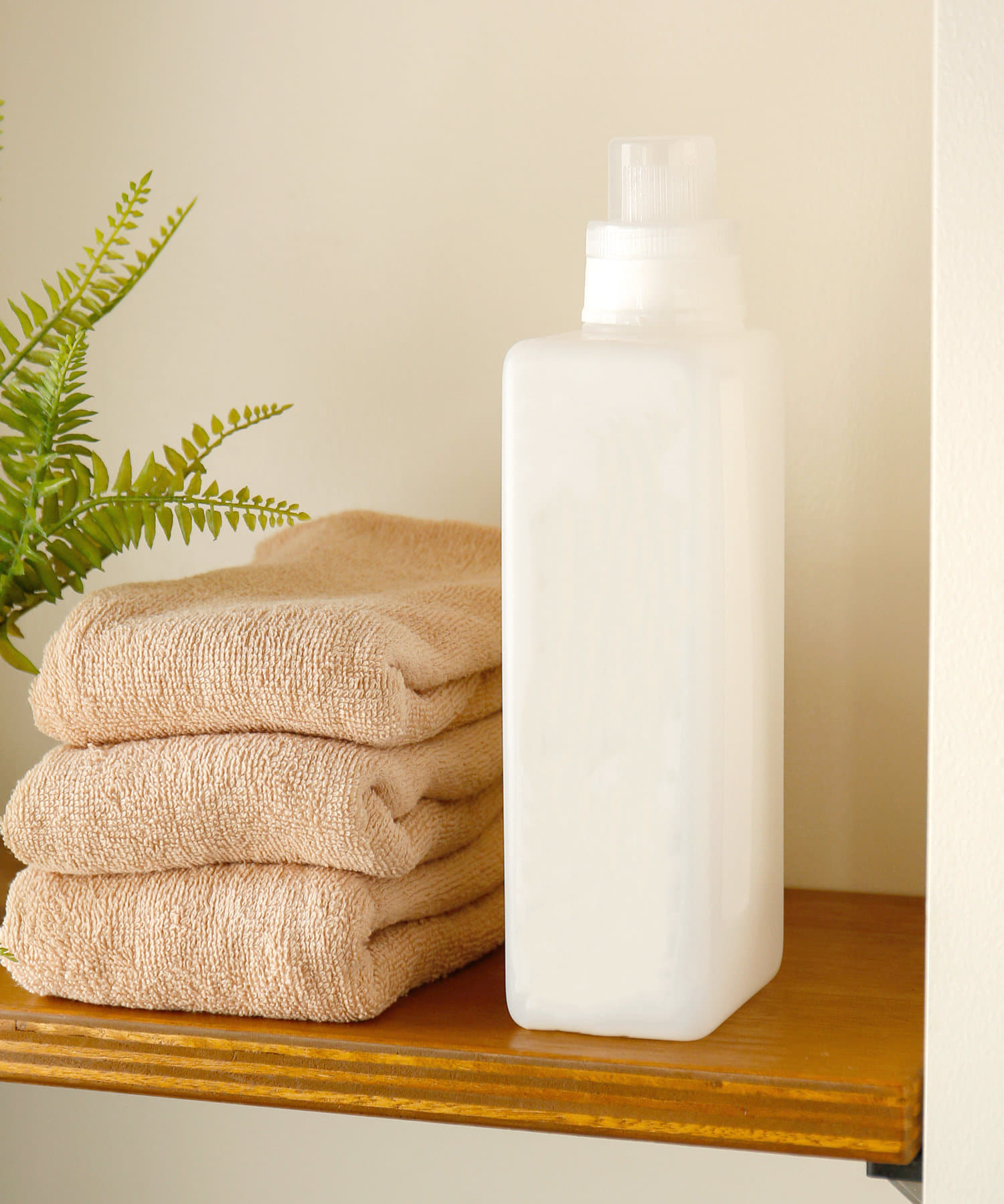 3COINS(スリーコインズ) ライフスタイル 洗剤ボトル:1000ml ホワイト