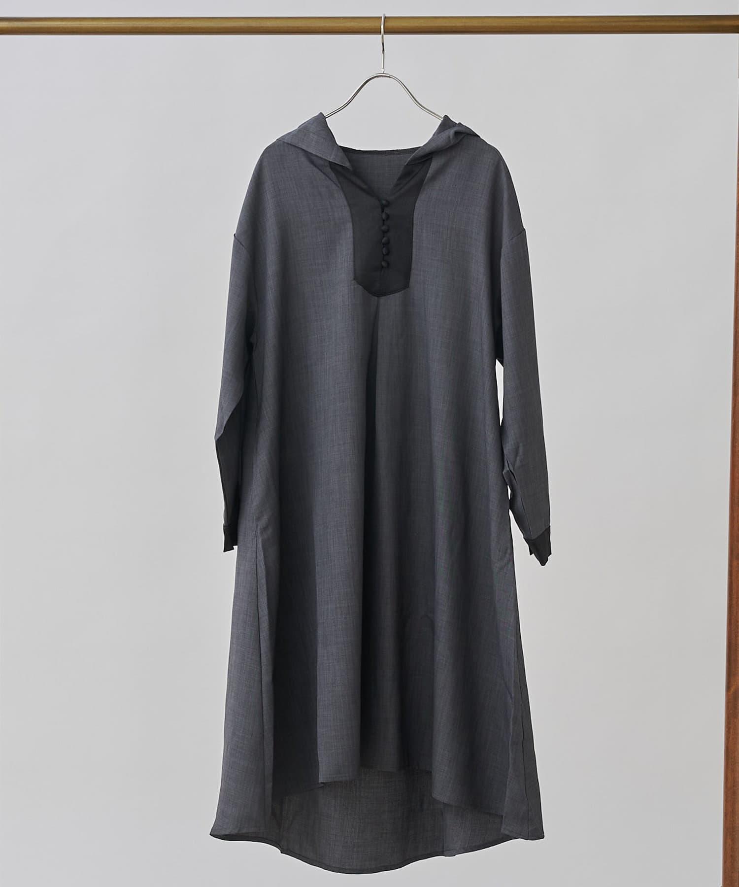 CPCM(シーピーシーエム) フード付ヨーク切替シャツワンピ
