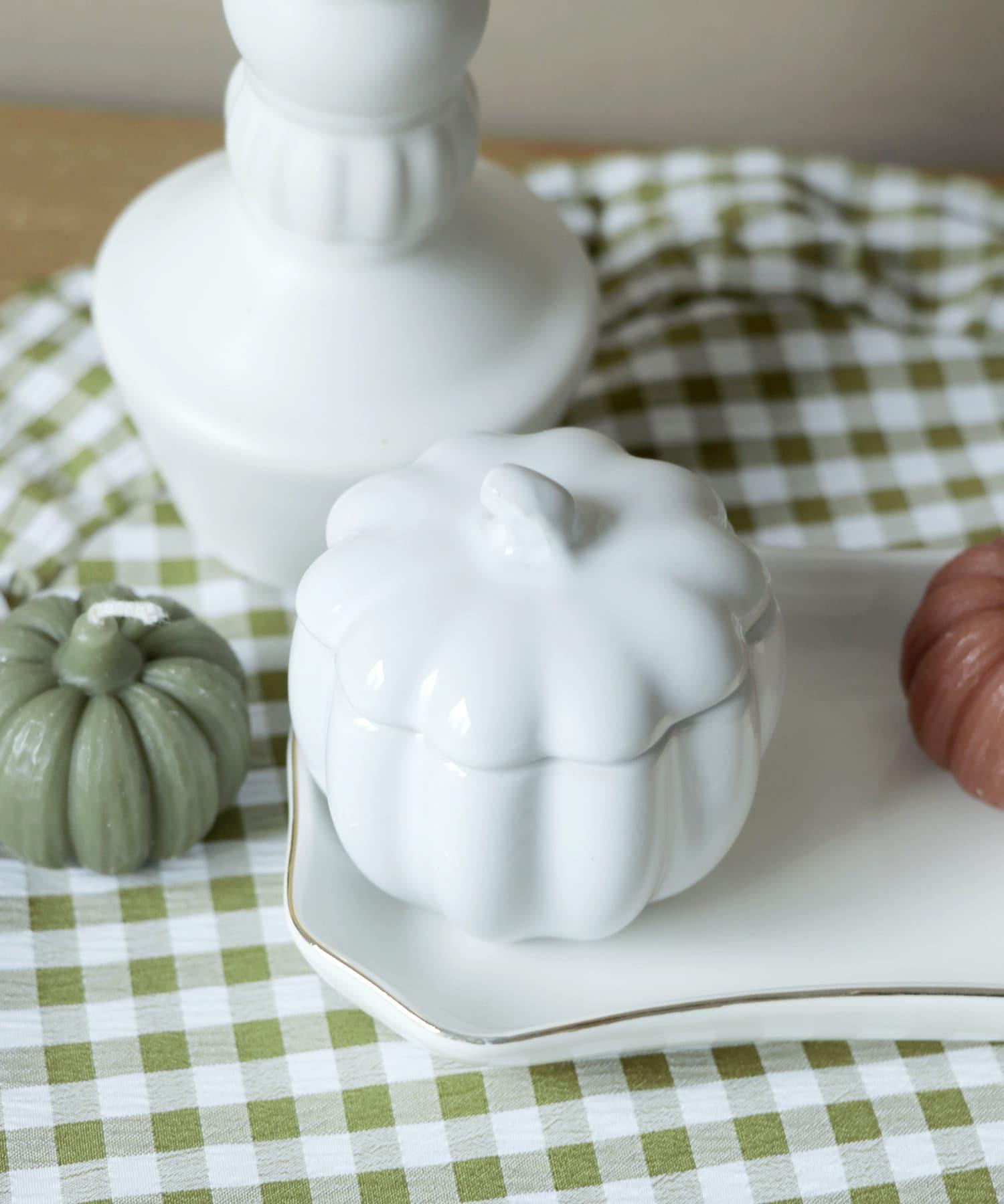 3COINS(スリーコインズ) ライフスタイル 【ハロウィンを楽しむお部屋づくり】陶器かぼちゃ小物入れ アイボリー