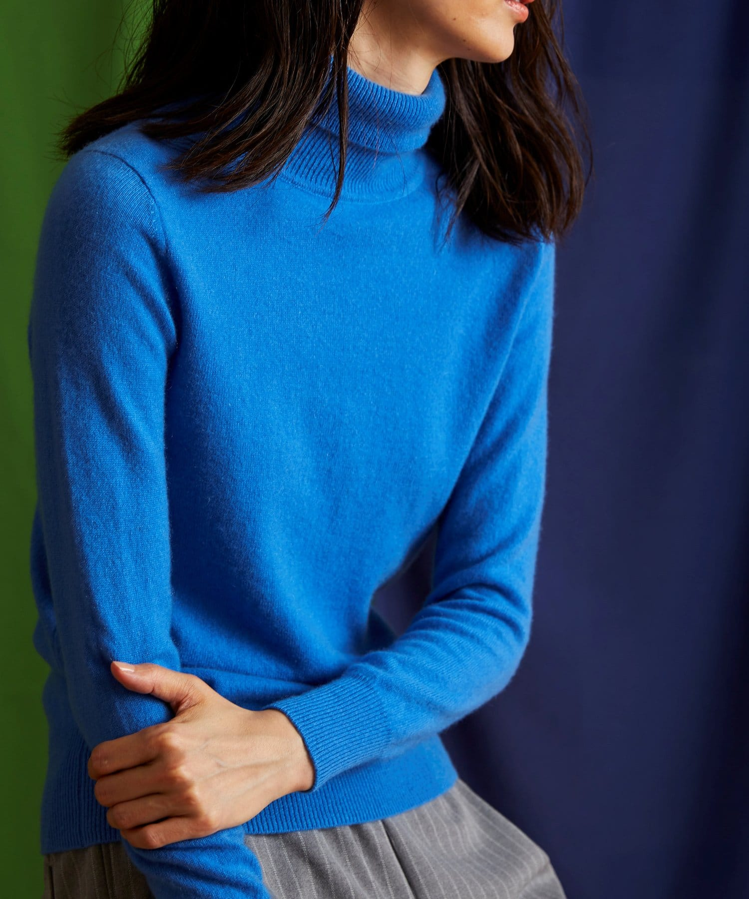 PLUS OTO.HA(プラス オトハ) ピュアカシミア100タートルネックセーター