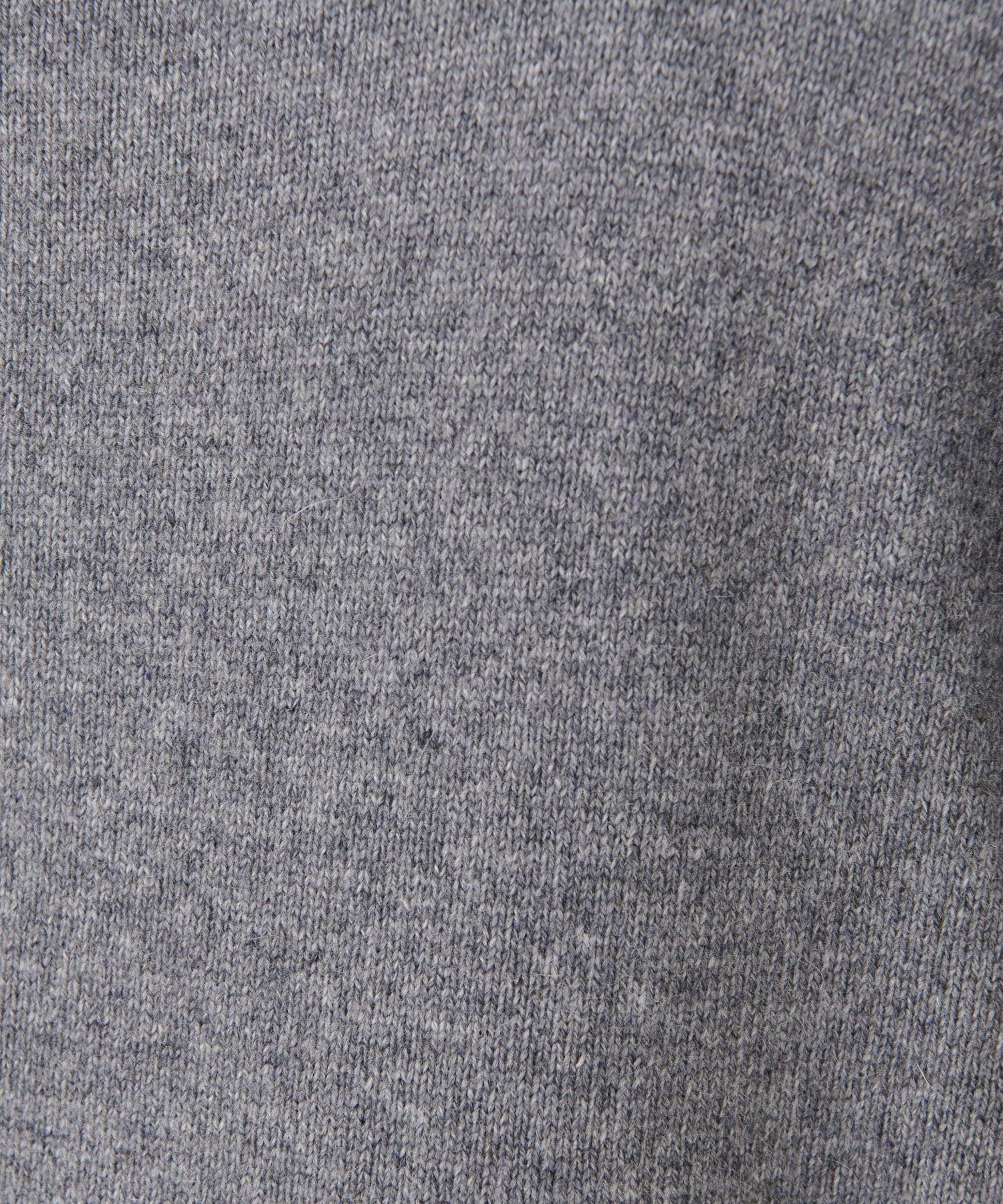 BEARDSLEY(ビアズリー) 裾刺繍ニット