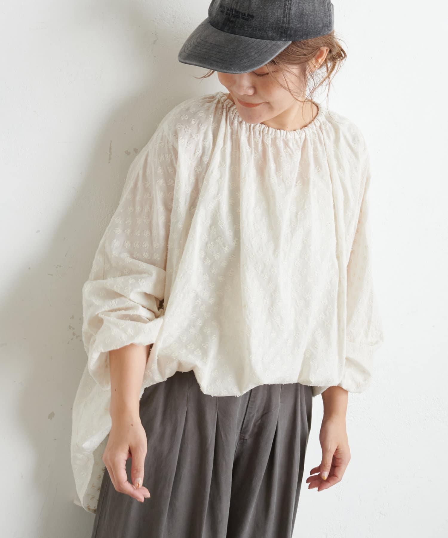 pual ce cin(ピュアルセシン) 綿帽子刺繍ブラウス
