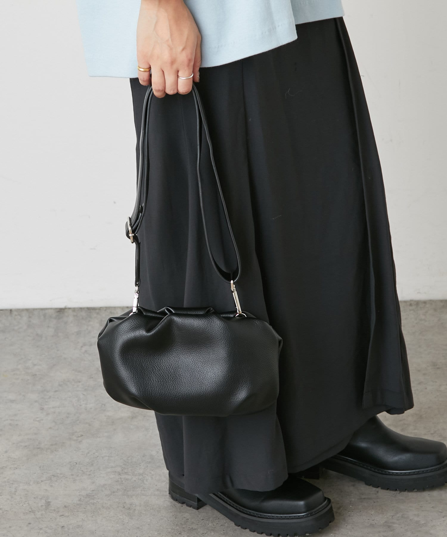 Omekashi(オメカシ) キャセ リンクルクラッチ